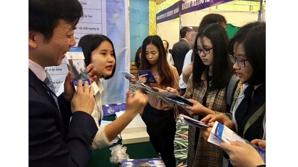 Forum spotlights Vietnam - China university education
