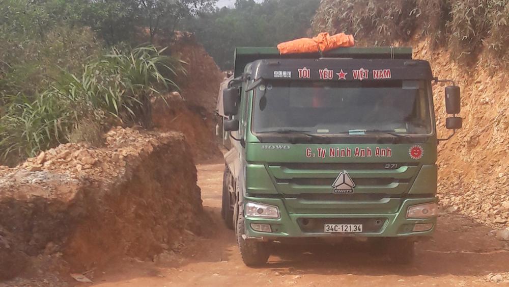 Siết chặt quản lý về đất đai, khai thác khoáng sản