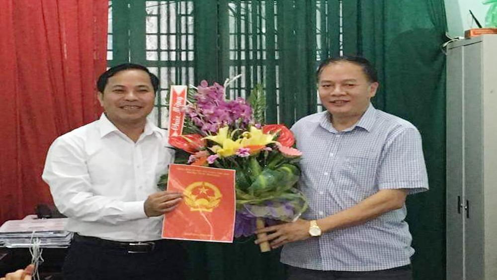 Đồng chí Phạm Văn Nghị giữ chức Trưởng phòng Văn hóa - Thông tin