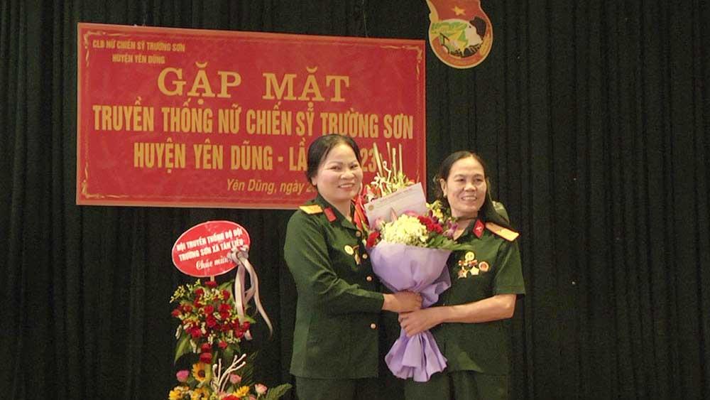Gặp mặt truyền thống Ban Liên lạc nữ chiến sĩ Trường Sơn huyện Yên Dũng