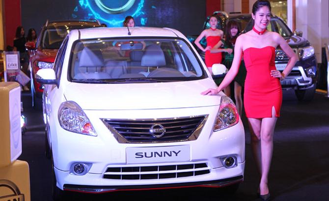 Doanh số thấp hơn đối thủ, Nissan Sunny vẫn tăng giá bán