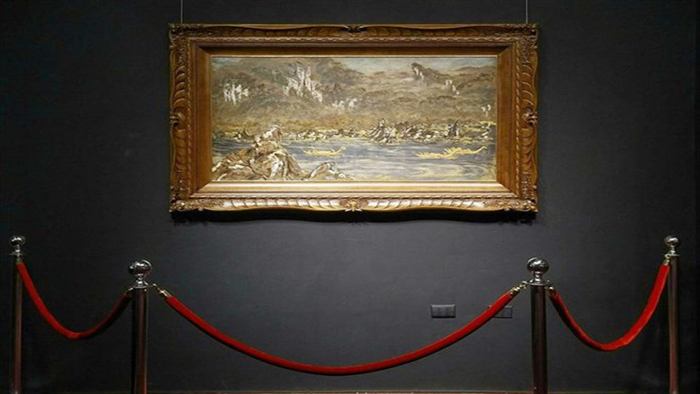 Masterpiece lacquer painting auctioned for record 280,000 USD