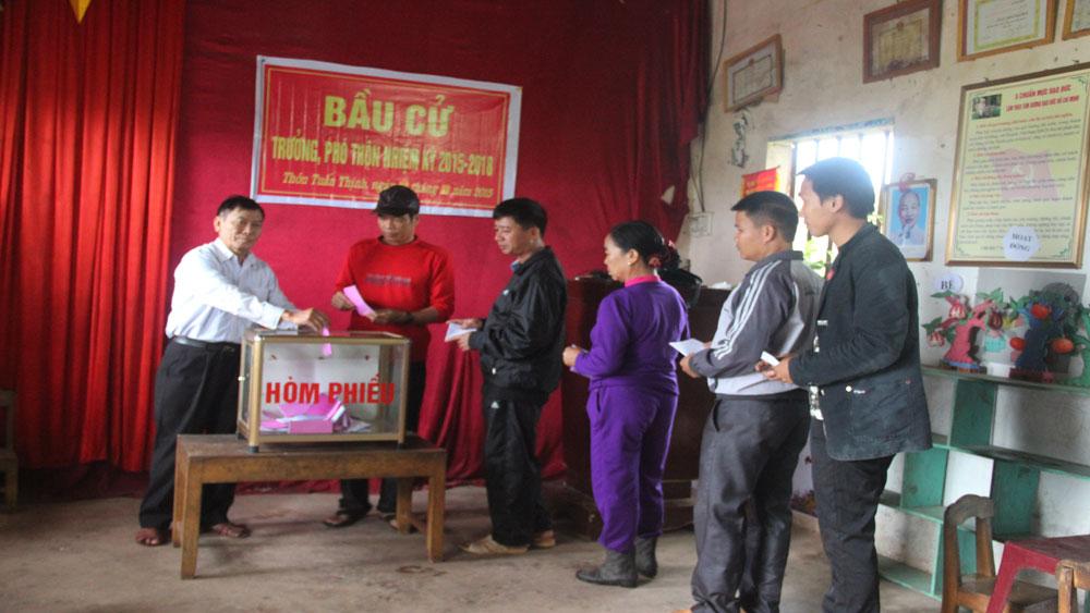 Dự kiến bầu cử trưởng, phó thôn xong trong tháng 5