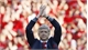 HLV Wenger bất ngờ vì được nhiều đội chào đón