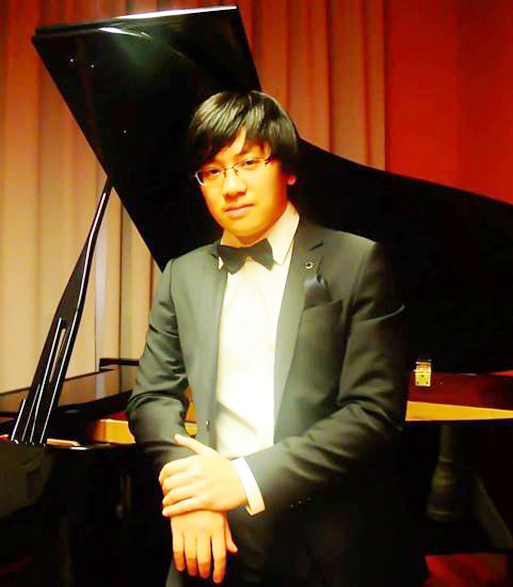 Pianist Luu Hong Quang, second prize, international competition, Italy, pre-qualification videos