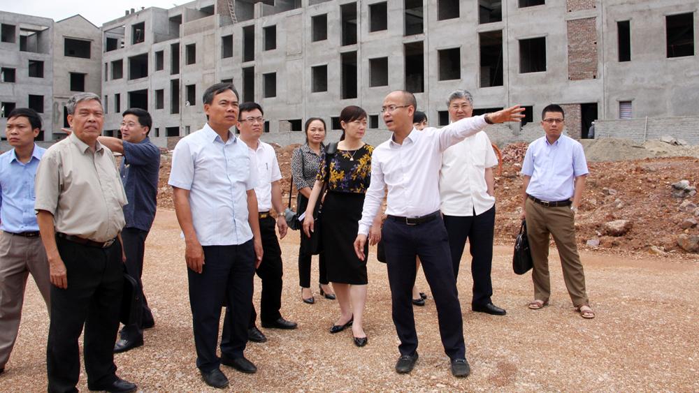 Giám sát về đầu tư, xây dựng tại dự án Khu đô thị mới Bách Việt Lake Garden