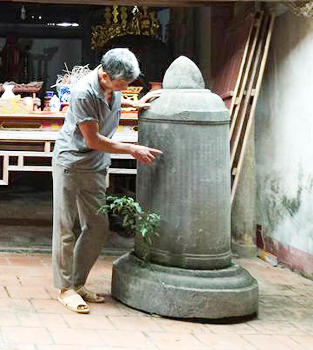 Bia trụ ở đình Ngò, công đức,  quan Thái bảo,  Nguyễn Giáp Sùng
