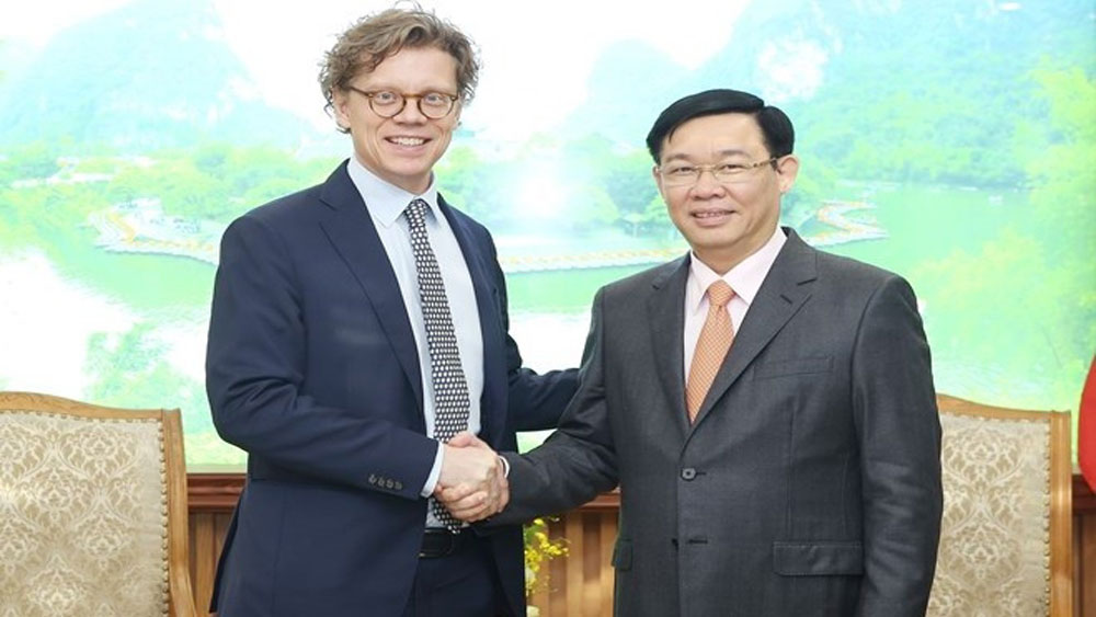 Swedish firms, Vietnam-Sweden ties, trade ties, fine relations, bilateral trade, successful cooperation area, technical support, national competitiveness, business climate