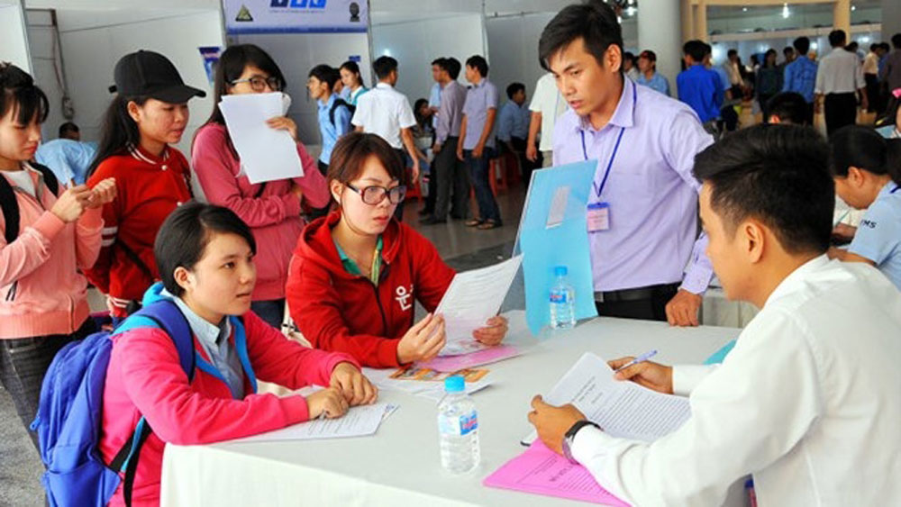 Nearly 300 candidates recruited at France - Vietnam Job Festival 2018