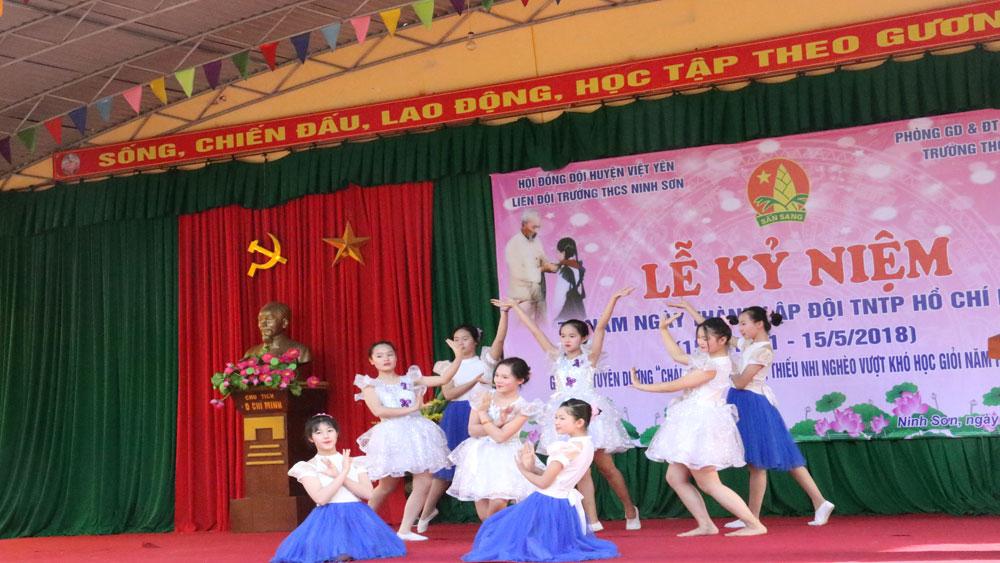 Kỷ niệm 77 năm ngày thành lập Đội thiếu niên tiền phong Hồ Chí Minh