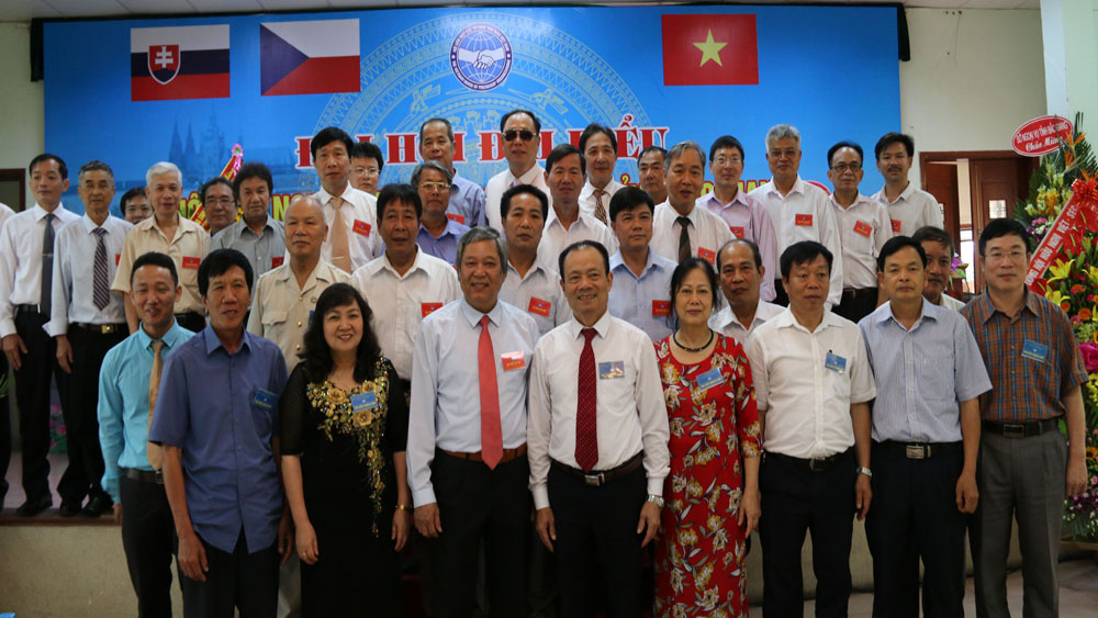 Vietnam – Czech – Slovakia, Friendship Association, Bac Giang province,  first Congress, bilateral friendship associations, present developing stage, foreign communication, multi-field cooperation, non – governmental aid