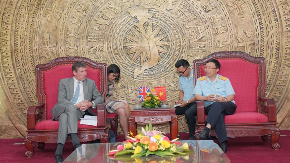 Vietnam, UK seek stronger partnership in customs
