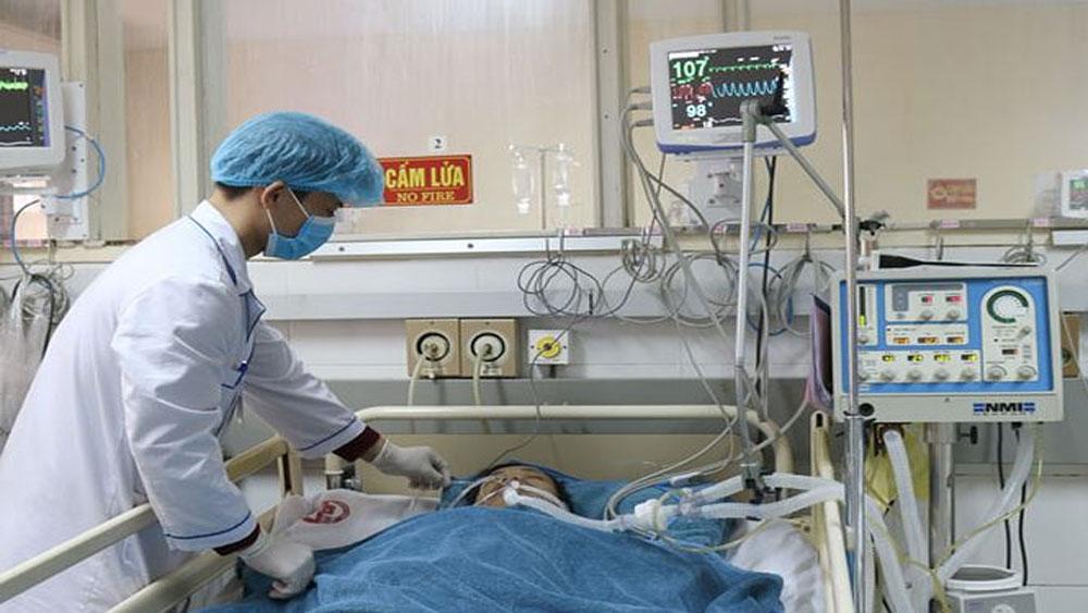 Bệnh nhân ùn ùn nhập viện vì nắng nóng