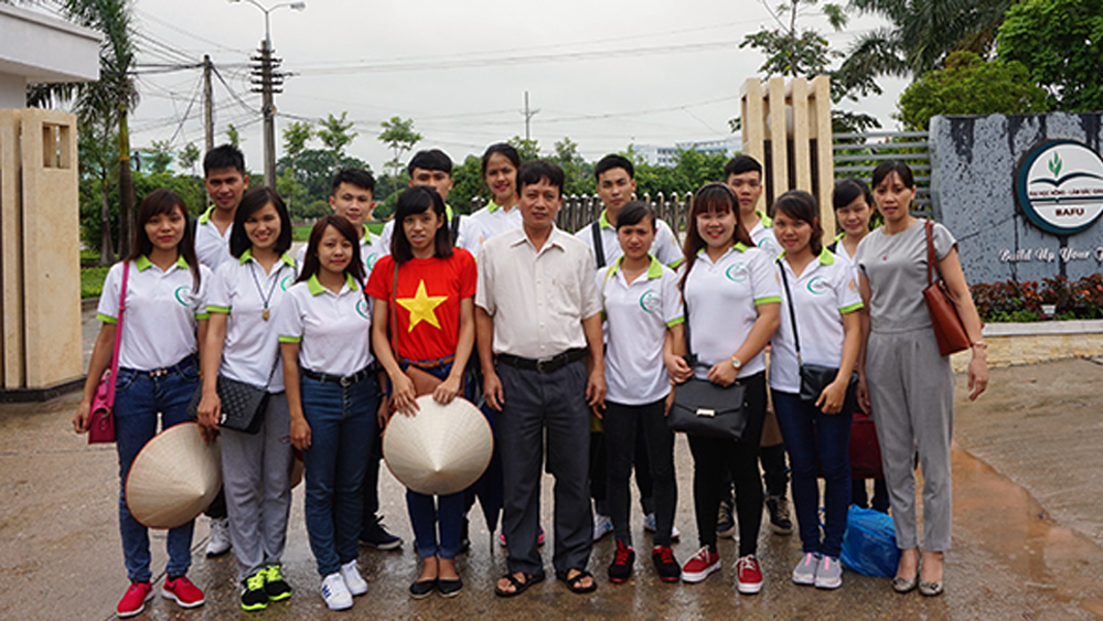 Bac Giang's students, Israel internship programme, Arava International Center, Agricultural Training, foreign language improvement, monthly salary, post-harvest agriculture