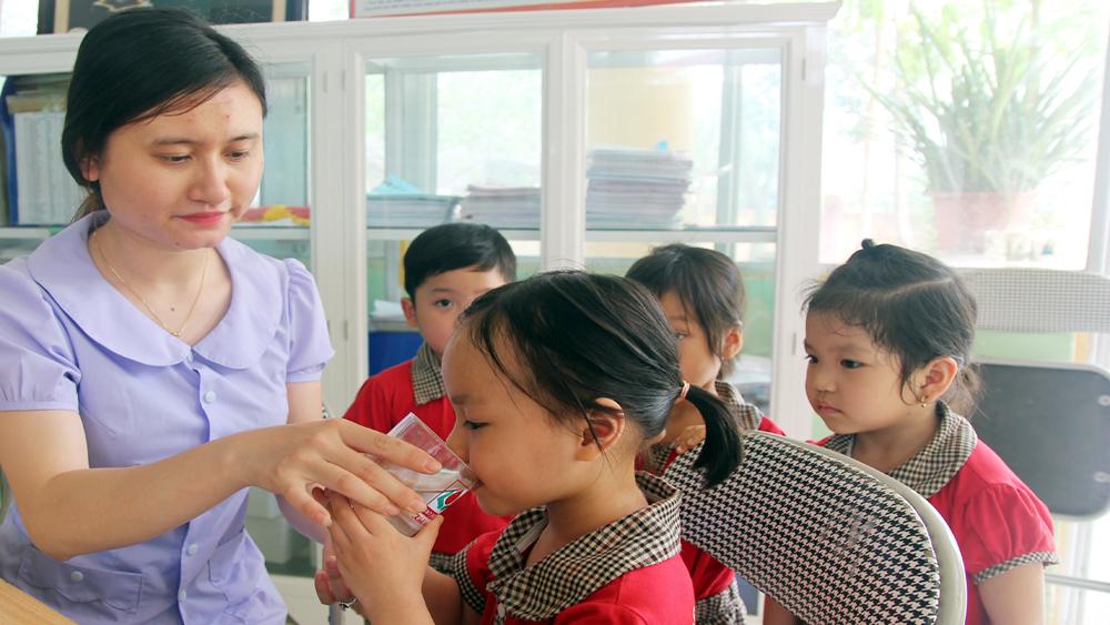 Ba trường giành giải Nhất cuộc thi xây dựng môi trường giáo dục lấy trẻ làm trung tâm