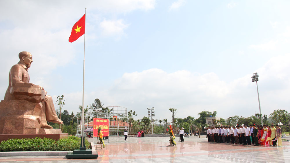 Honouring role models, President Ho Chi Minh, Bac Giang province, memorial site, six teachings,  individuals and groups, outstanding achievements