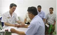 Bệnh viện Y học cổ truyền LanQ: Khám bệnh, cấp thuốc miễn phí cho nạn nhân chất độc da cam/Đioxin