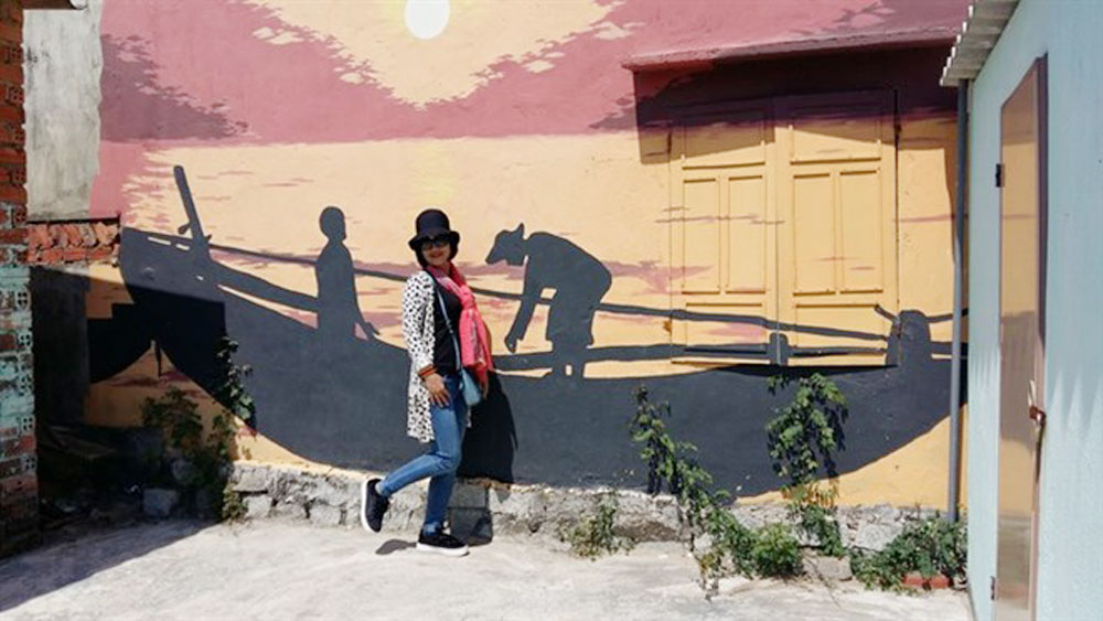 Korean artists, mural project, fishing commune, Republic of Korea, Quang Nam province, Art Exchange Programme, regional panoramas, art space