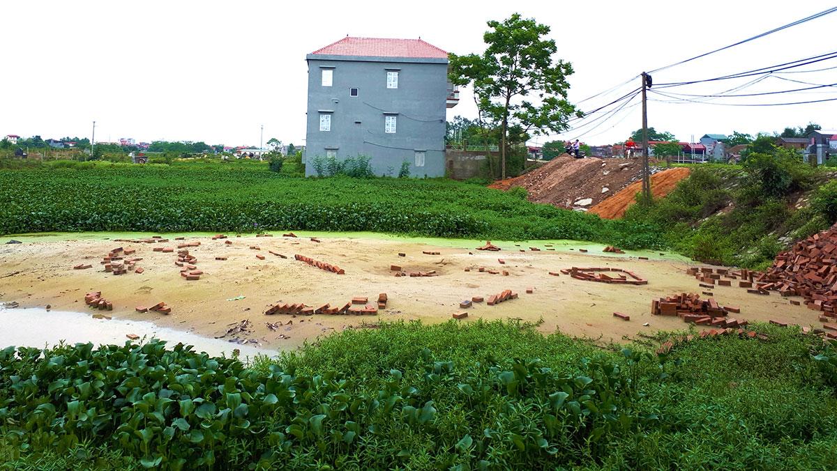 Xã Vân Hà (Việt Yên): Thôn bán đất trái luật thu tiền tỷ