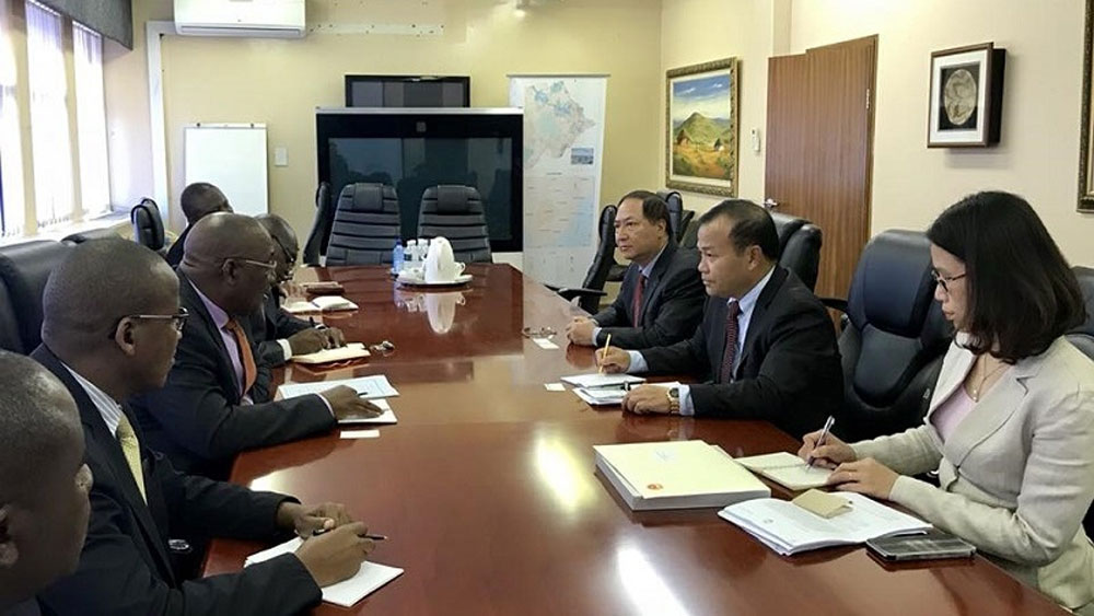 Botswana wishes to cooperate with VN in agriculture, IT, health care