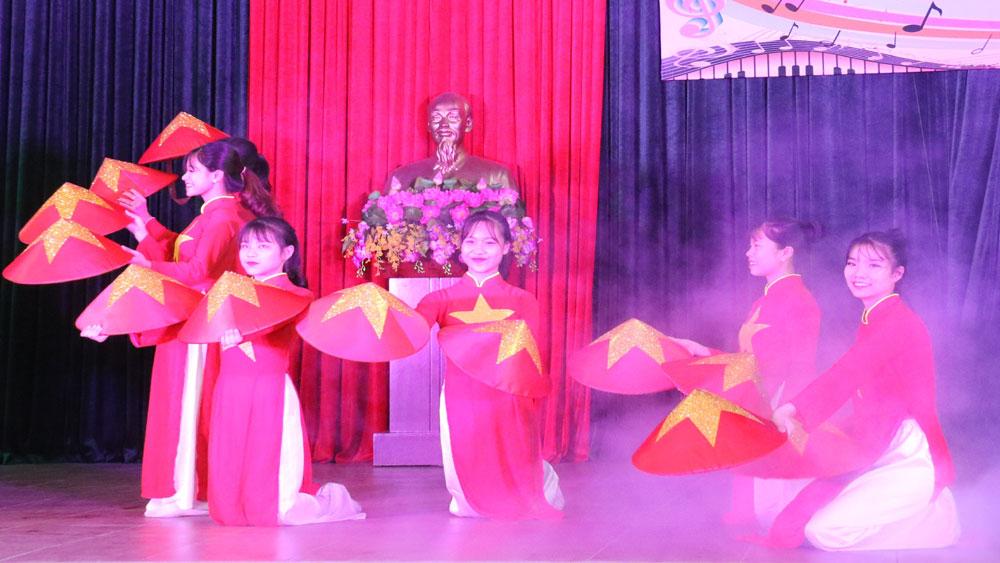 Liên hoan, nghệ thuật ,quần chúng, lực lượng, vũ trang, huyện Việt Yên