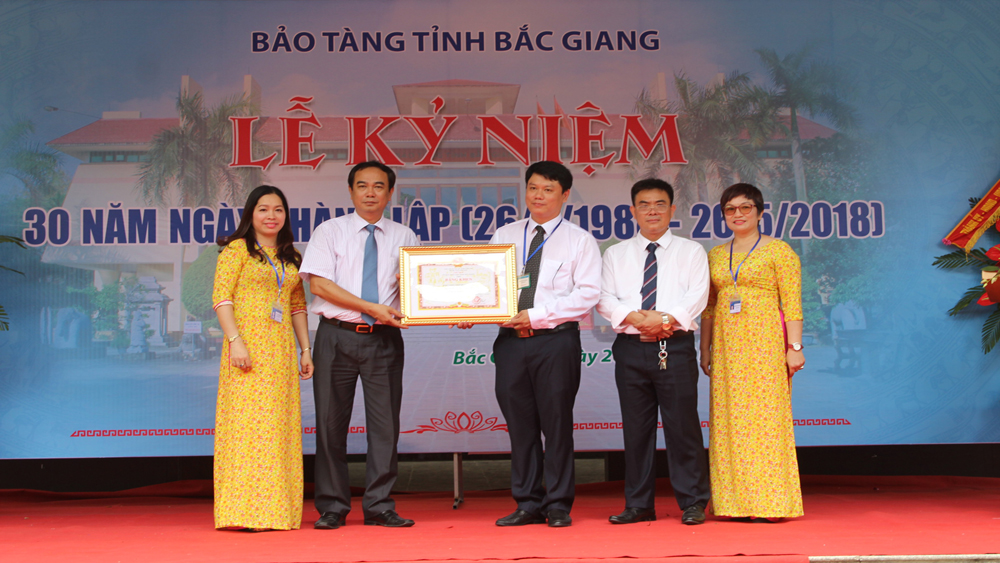 Bảo tàng tỉnh Bắc Giang kỷ niệm 30 năm Ngày thành lập