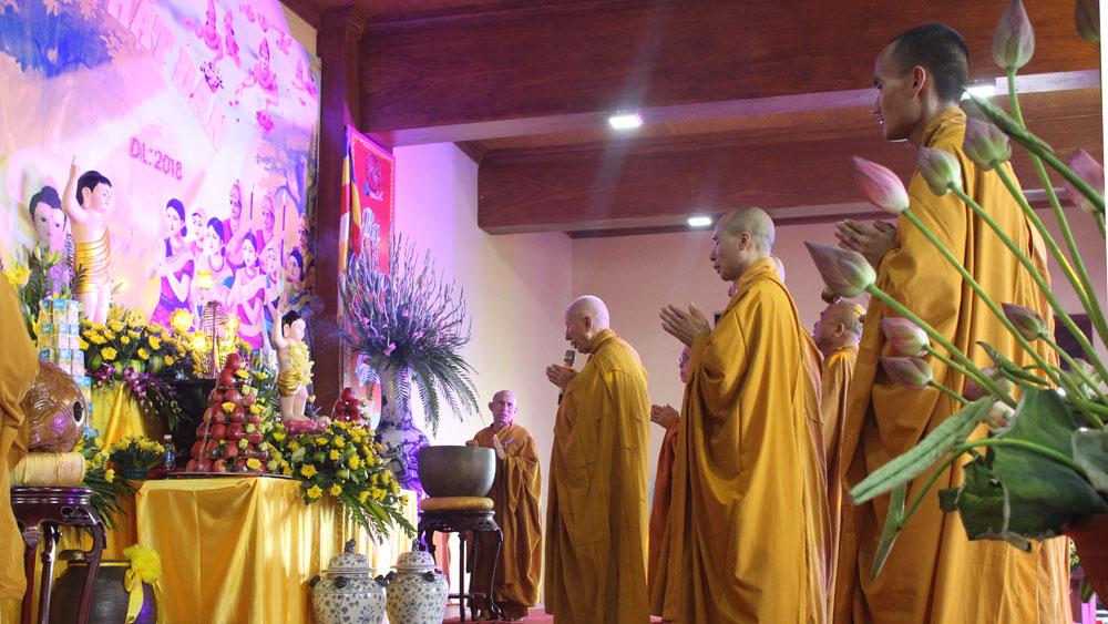 Thiền viện Trúc lâm Phượng Hoàng tổ chức Đại lễ Phật đản