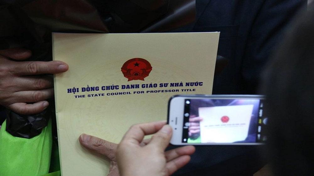 Phó Thủ tướng yêu cầu Bộ Giáo dục làm rõ nghi vấn GS Nguyễn Đức Tồn đạo văn