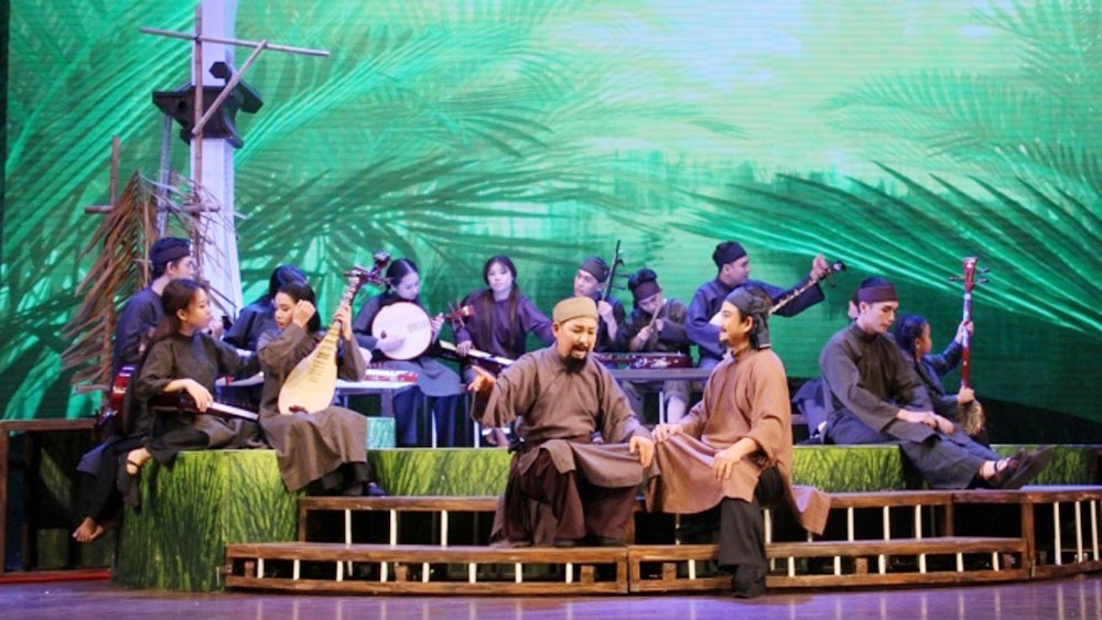 Play 'Thay Ba Doi' performed in Hanoi