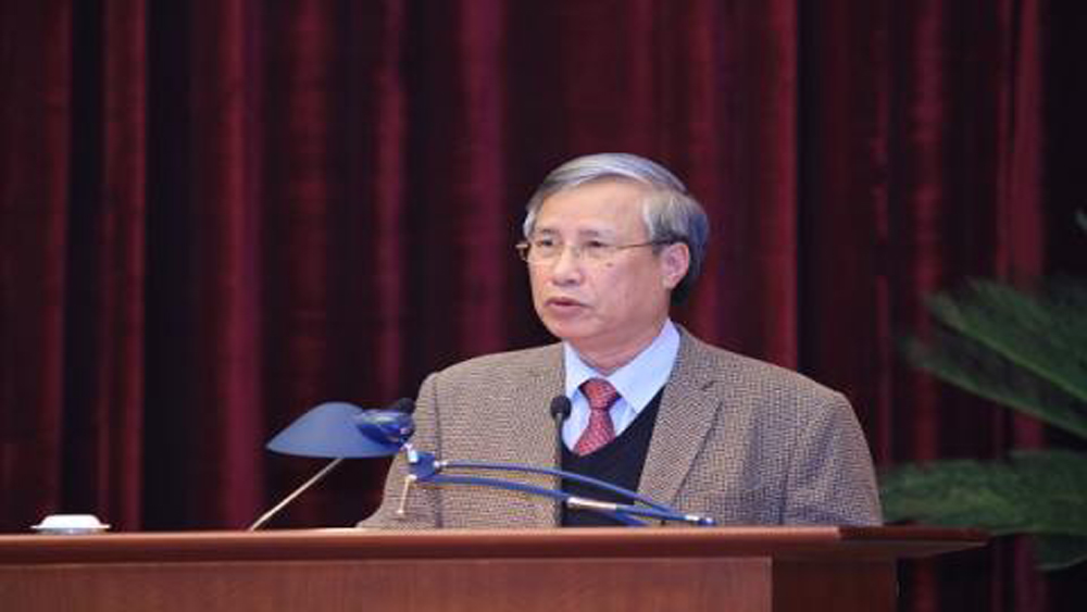 Ủy ban Kiểm tra có quyền yêu cầu đảng viên không được xuất cảnh