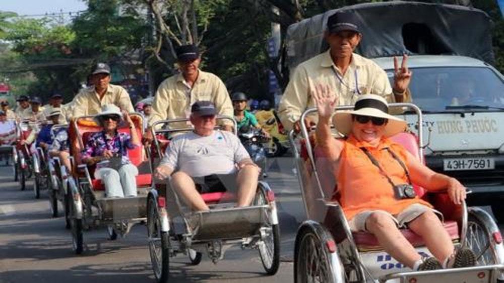 Khách quốc tế, Việt Nam, đạt hơn 6,7 triệu lượt