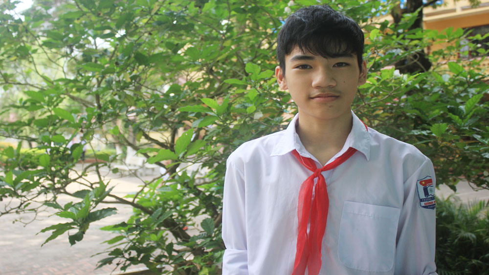 Physics excellent student with discovery passion