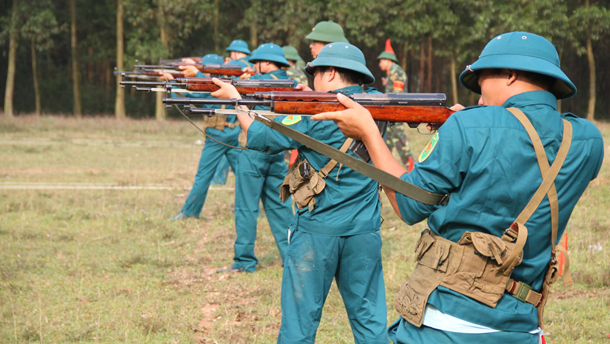Tự vệ TP Bắc Giang, vượt nắng, thắng mưa, thao trường