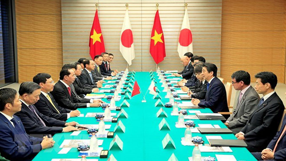 Vietnam, Japan, joint statement, State visit, President Tran Dai Quang, state banquet, Vietnamese guests, extensive strategic partnership, mutual political trust, people-to-people exchanges