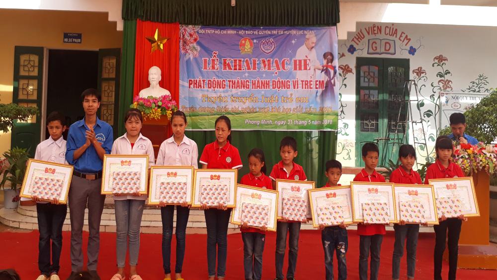 Hội đồng Đội huyện phát động tháng hành động vì trẻ em