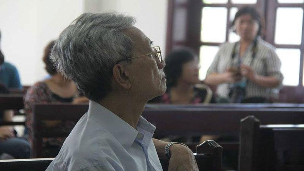 Cựu Giám đốc ngân hàng dâm ô ở Vũng Tàu lãnh án 3 năm tù
