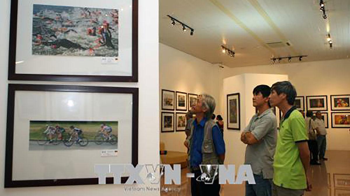 Khai mạc, Triển lãm ảnh quốc tế, Hội Nhiếp ảnh Hoa Kỳ, PSA
