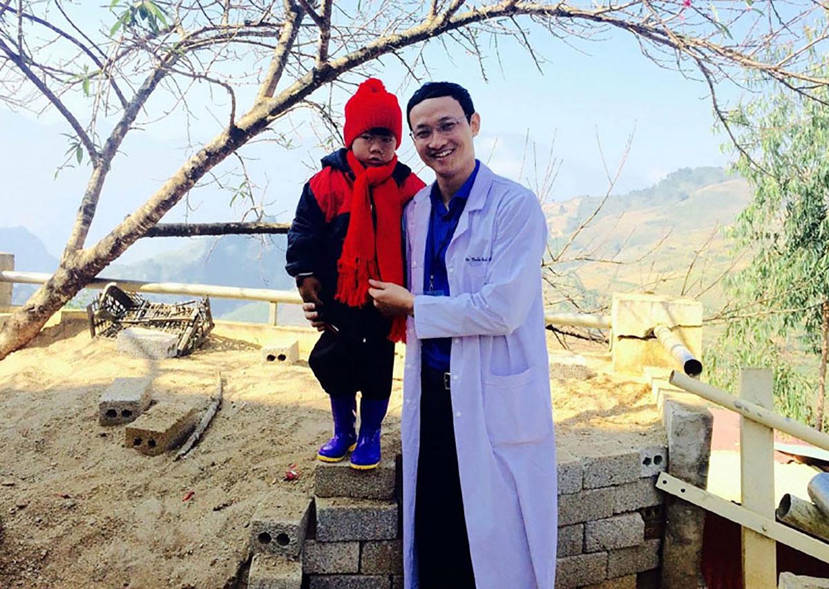 Bác sĩ, Trần Quốc Khánh, facebook, livestream, bệnh nhân