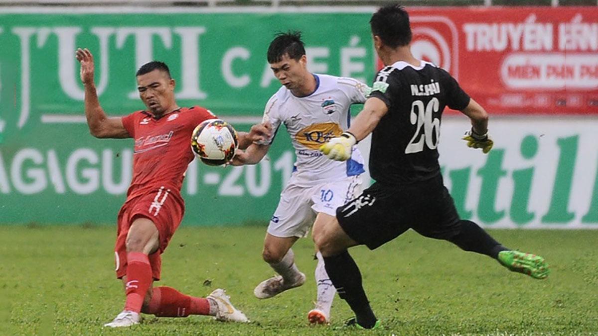 Hoàng Anh Gia Lai để TP Hồ Chí Minh cầm chân 2-2