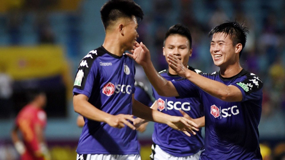 Trouncing Khanh Hoa 4-0, Hanoi extend unbeaten run