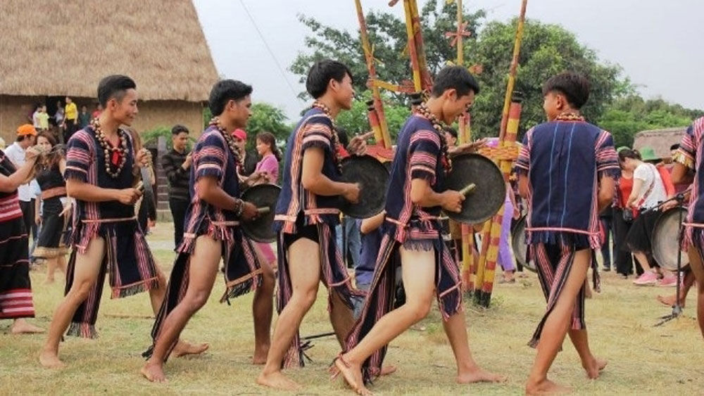 Ethic village celebrates diversity of Central Highlands' culture