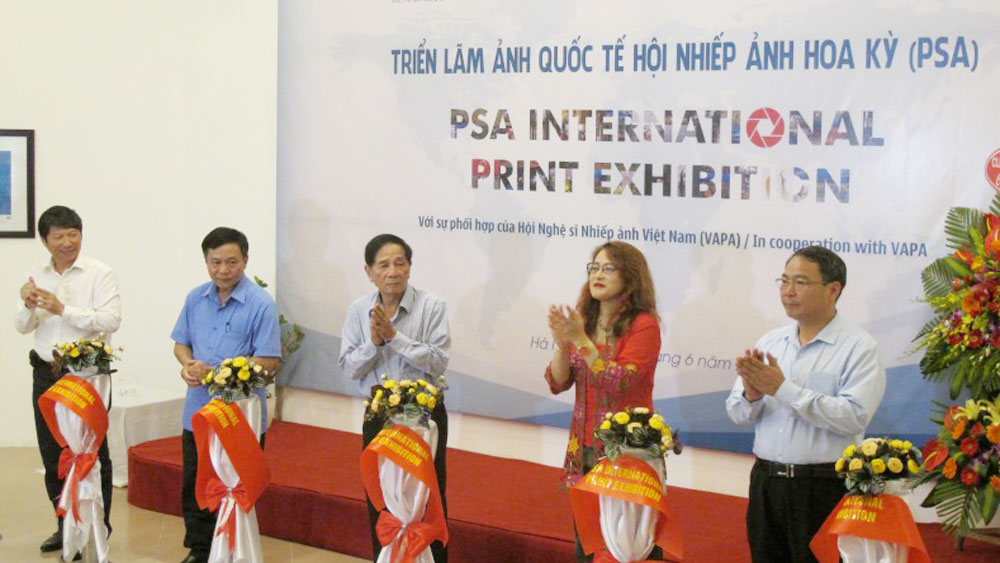 PSA international photo exhibition opened