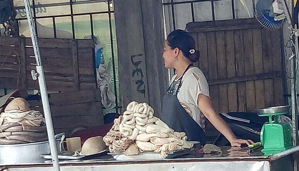 Thức ăn,  đường phố, nắng nóng,  ôi thiu, TP Bắc Giang