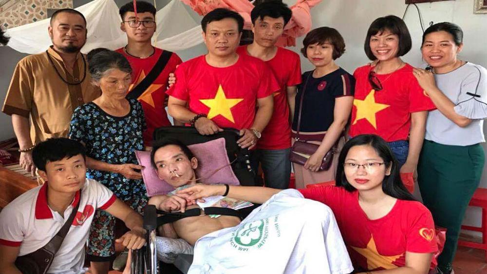 Gia đình anh Tân được giúp đỡ hơn 100 triệu đồng