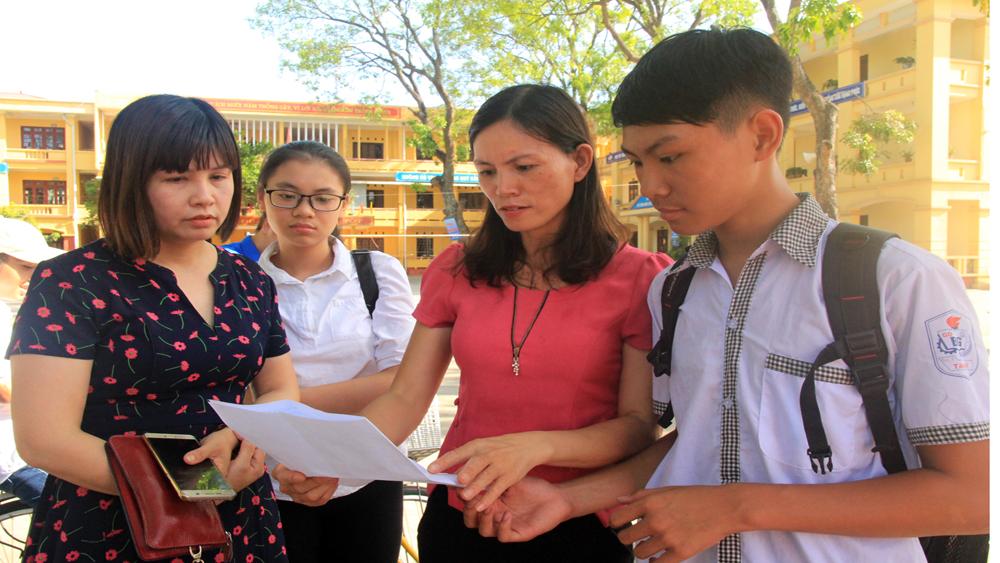 kỳ thi tuyển sinh vào lớp 10 năm học 2018-2019, môn Ngữ văn, môn Tiếng Anh, thí sinh