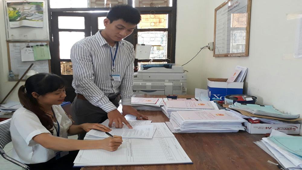 Cấp hơn 1 nghìn giấy chứng nhận quyền sử dụng đất cho các hộ gia đình, cá nhân