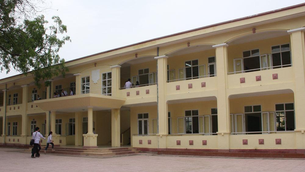 Đưa vào sử dụng dãy phòng học mới tại Trường THCS Thân Nhân Trung