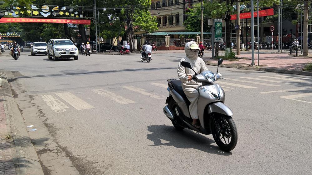 Bắc Giang: Nắng nóng diện rộng, nhiệt độ phổ biến 35-36 độ C