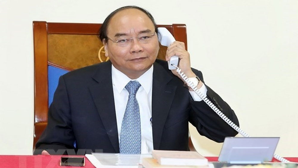 Vietnamese, Danish PMs hold telephone talks