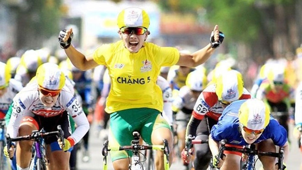 Cyclist Nguyen Thi That wins Belgium cycle race
